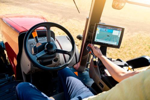 Датчики мониторинга сельхозтехники: какие параметры контролируем и что это дает